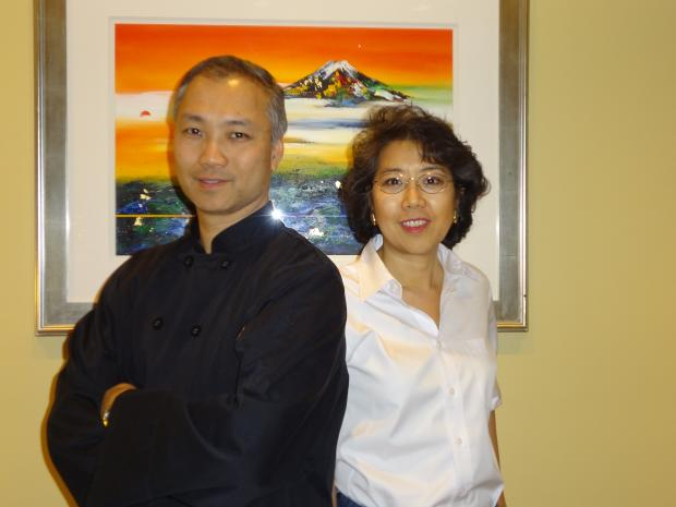 Accidental restaurateurs Lois and David Lee are taking a break from their Hot Woks Cool Sushi concept to open a new restaurant in the South Loop.