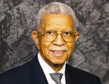 The late Bishop Arthur M. Brazier of Apostolic Church of God on the South Side is among several deceased community activists with an award named after them.