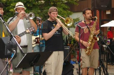 Lincoln Square's summer concert series in Giddings Plaza kicks off June 6.