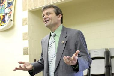 U.S. Rep. Mike Quigley (D-Chicago) is asking city and federal officials to review the $10 billion O'Hare expansion plan before shutting down any more runways or opening new ones.