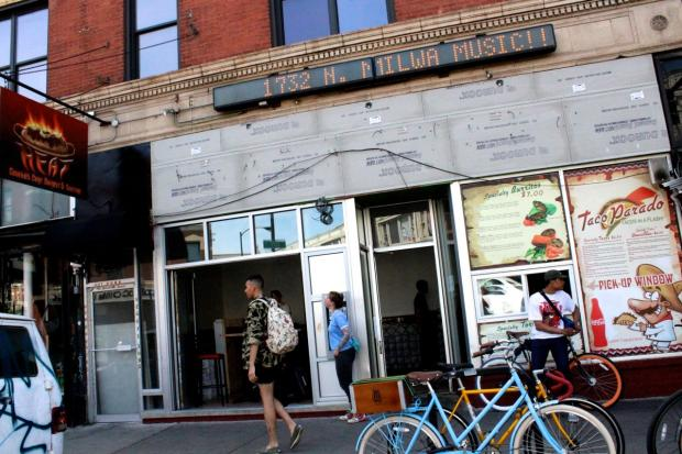 "Flash Taco at 1570 N. Damen Ave. in Wicker Park plans to close Monday for a week or two of renovations and will reopen Memorial Day weekend with ""a brand new look,"" according to owner Ulyssses Salamanca."