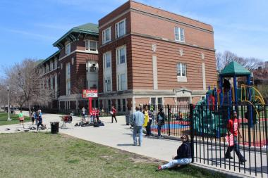 Graeme Stewart Elementary School, 4225 N. Kenmore Ave., was designed by Prairie School architect Dwight Perkins.