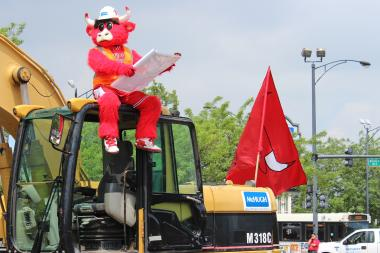 Benny the Bull prepares to break ground on the team's new practice facility adjacent to the United Center.