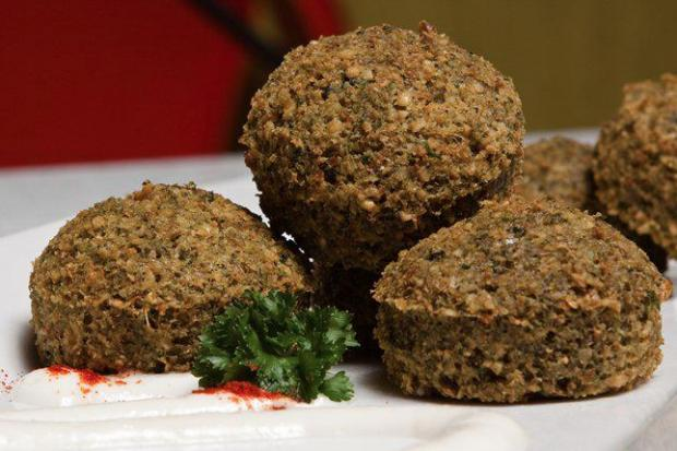 The Chicago-based chain I Dream of Falafel plans to open its fifth location in Lakeview by the end of 2013.