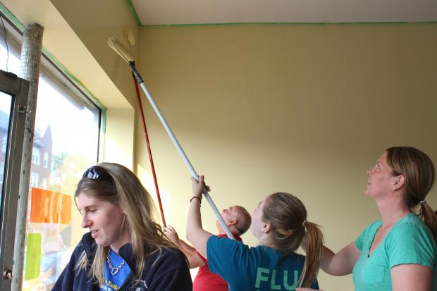 With volunteer cleanup sessions, food pantry is one coat of paint closer to opening in Lincoln Square.
