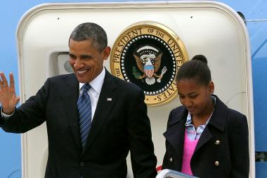 President Barack Obama arrives in Dublin, Ireland, with daughter Sasha.
