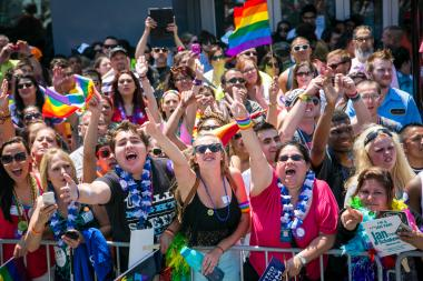 Ald. Tom Tunney (44th) has released a survey asking whether the Pride Parade should head Downtown.
