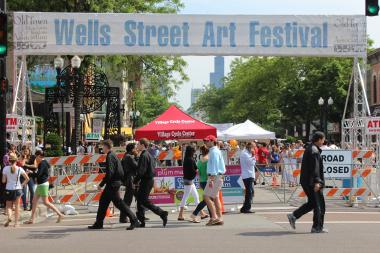 Wells Street Art Fest in Old Town Saturday.