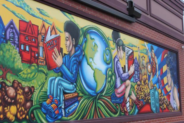 Art Schools In Chicago >> Local Artist Mentors Teens To Create Garrett Popcorn Mural