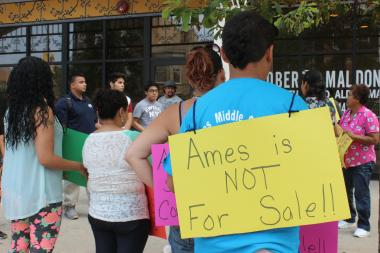 Parents, students and neighborhood activists gathered in front of Ald. Roberto Maldonado's (26th) office to protest moving a military school into the Ames Middle School building.