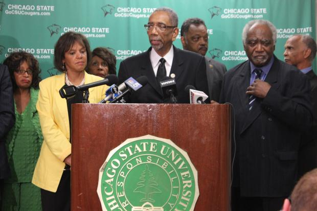 "Members of the U.S. Congressional Black Caucus held an ""emergency summit"" at Chicago State University Friday to address the problem of urban violence across the nation."