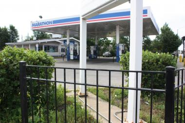 Eugene Clark was fatally shot at this Marathon gas station at 7101 S. Ashland Ave. Saturday night.