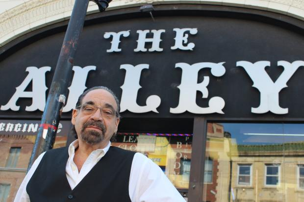 Mark Thomas, the entrepreneur behind The Alley, Taboo Tabou and other counterculture businesses at the corner of Belmont and Clark in Lakeview, loaned his campaign organization Friends of Mark Thomas $50,100 last month, according to public records.