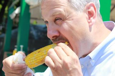 Rodney Gansho sinks his teeth into some corn on the cob at the Taste of Chicago in 2013. O'Briens has corn on the cob (six tickets) this year.