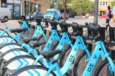 A Divvy bike-sharing station near the Western Brown Line.