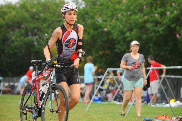 Paratriathlete Mike Wong will compete in the Chicago Life Time Triathlon.