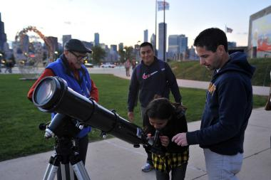 "The first-ever ""Bridgeport Air and Water Show"" at Henry Palmisano Park will feature stargazing with help from the Adler Planetarium."
