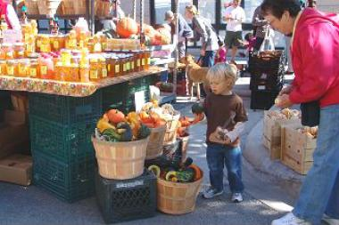 Lincoln Square's annual Apple Fest celebrates the arrival of fall.