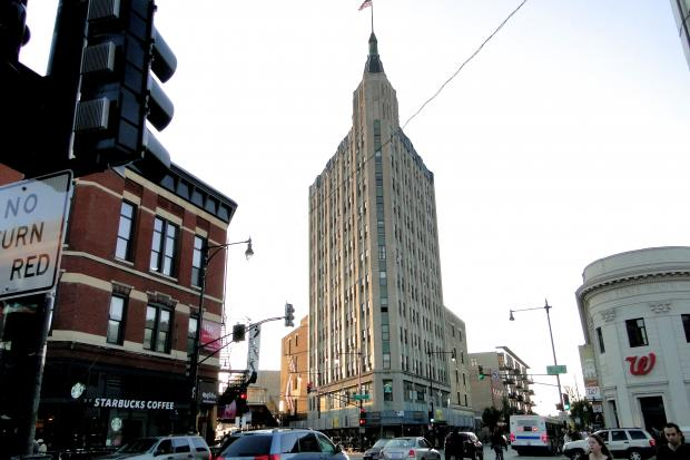 Plans are underway to convert the iconic Northwest Tower at 1608 N. Milwaukee Ave. in Wicker Park into a boutique hotel.   The developers, DRW Holdings, are in the early stages of engaging with the community on the project, which would require a zoning change at a storage facility at 1624 N. Milwaukee Ave., adjacent to the 12-story art deco tower.  The building would house a meeting space and banquet hall adjacent to the tower.