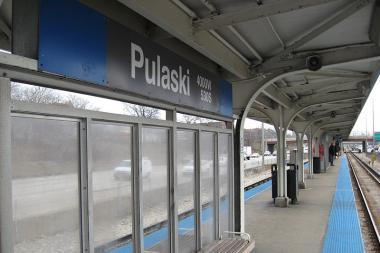 Police are warning of a string of robberies on CTA Blue Line trains and at stations.