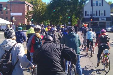 Ald. Ameya Pawar will lead his annual bike ride through the 47th Ward on Saturday.