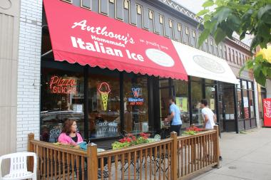 Anthony's Italian Ice moved out of its 3442 N. Southport Ave. location in October.