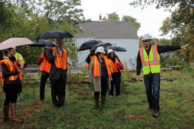 Administrators for The 606 led a tour of the Bloomingdale Trail Thursday morning as part of Chicago Ideas Week.