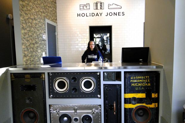 Holiday Jones, a hostel-hotel hybrid, is now open at 1659 W. Divsion St. in Wicker Park.