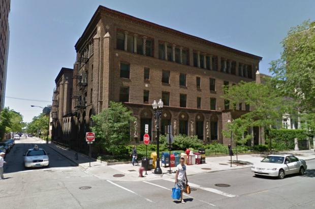 restoration hardware near chicago il parking store hours historic former three arts building become gold coast