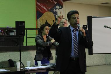 At a community meeting Wednesday, Ald. Danny Solis (25th) had concerns over emissions from a scrap metal facility looking to build on an empty lot along Loomis Avenue and Cermak Road.