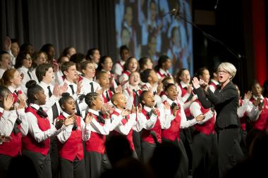 The Englewood Neighborhood Choir will perform on Nov. 21.