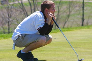 Amundsen is starting a golf team and is turning to the community to help fund equipment needs.