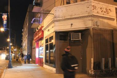 Picture The Nighthawk here, a proposed upscale coffee shop/tavern at 4744 N. Kimball Ave.