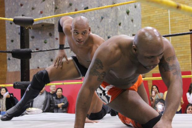 Billy Corgan's Resistance Pro Wrestling puts on a show for Amundsen High School.