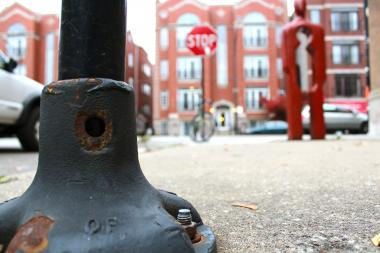 "A ""sucker pole"" sits near Halsted and Lill streets in Lincoln Park, where a thief recently made off with a bike that had been locked to it."