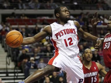 Detroit Pistons guard Will Bynum, a Chicago native, will pay off a nearly $3,000 ComEd bill for a women's shelter in Englewood. He's also sponsoring a Thanksgiving dinner for the shelter residents.