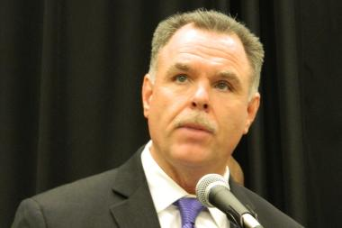 Chicago Police Supt. Garry McCarthy said undercover officers and uniformed officers will be deployed in the Downtown area to help prevent crime during the holiday season.
