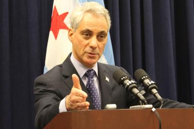 Mayor Rahm Emanuel introduced an ordinance that would allow a city-owned, vacant lot in the Washington Park neighborhood to be used as green space for residents.