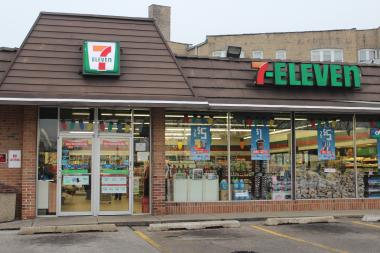 Plans to sell booze and beer at the 7-Eleven in downtown Norwood Park are on hold after Ald. Mary O'Connor (41st) said she would oppose the convenience store's application for a liquor license.