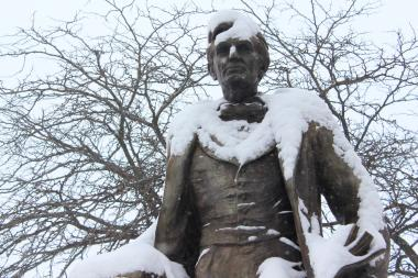 Arctic temps have caused many small businesses to close for the day, but Honest Abe trudges on.