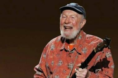 """Pete Seeger was a gigantic inspiration to all of us and a lifelong friend of Old Town School of Folk Music,"" said Bau Graves, the school's executive director."
