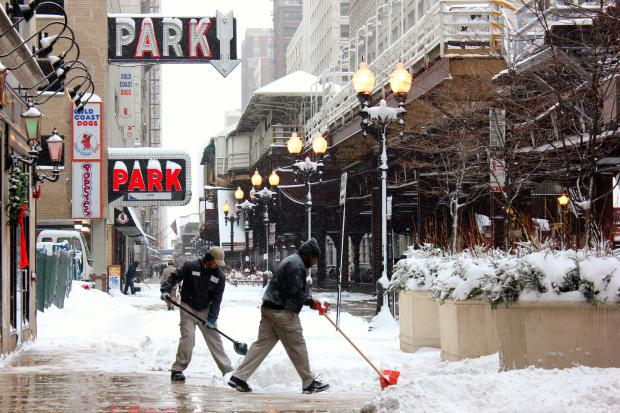 Chicagoans braved the snowstorm to make it to the Loop Thursday.