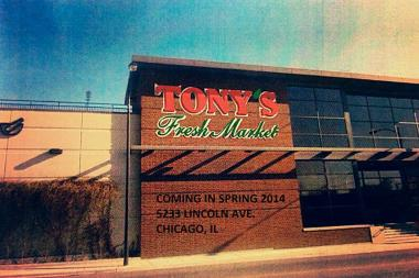 The former Dominick's at Lincoln and Foster avenues will become a Tony's Finer Foods this spring.