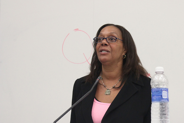 Ald. Leslie Hairston (5th) told constituents at a ward meeting Tuesday that seven grocers expressed interest in the former South Shore Dominick's location, but walked away before committing.