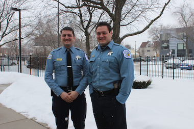 Chicago Police Officers Aaron Levine (l.) and Jason Slater produced a short video on preventing car burglaries.