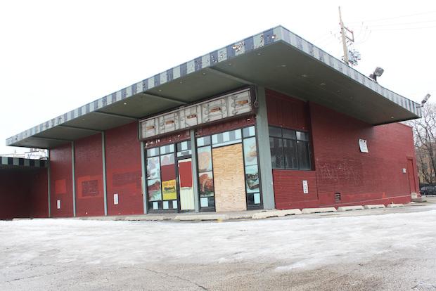 The former Carson's restaurant at 5970 N. Ridge Ave.