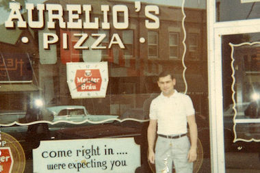 In 1959, Joe Aurelio Jr. opened a small restaurant on Ridge Road in south suburban Homewood.