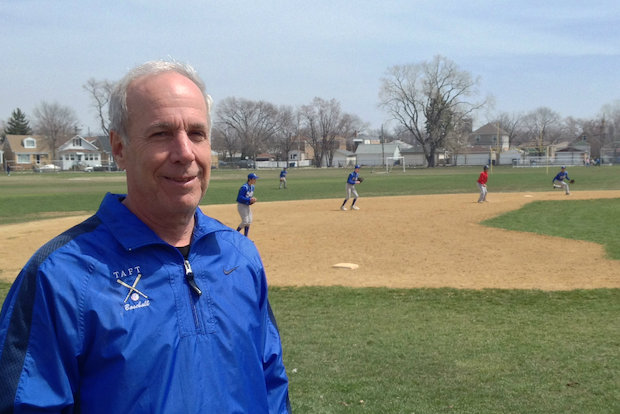 Taft High School's Rich Pildes became the 19th coach in IHSA history to win 600 games after the Eagles beat Chicago Bulls College Prep 5-3 on Saturday. Pildes has won all 600 of his games at Taft, making him only the 12th coach in state history to win 600 games with one school.