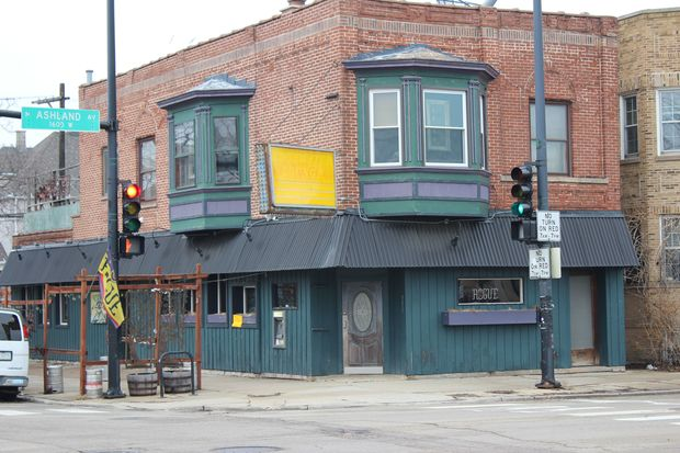 A sign outside the neighborhood favorite said its been shuttered, but it's not clear why.