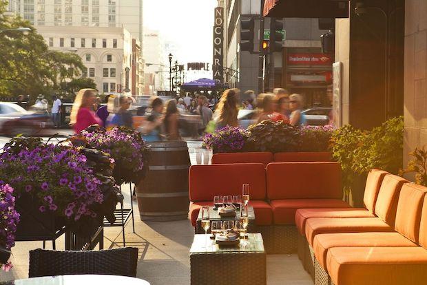 Eno, A Wine Bar And Tasting Room At 505 N. Michigan Ave.,